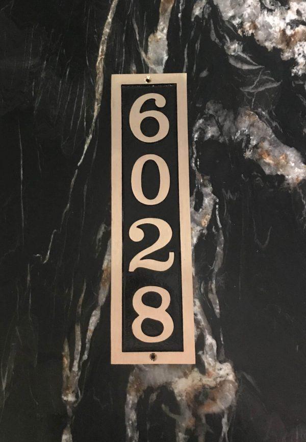Vertical Bold Brass Donn, 1 Line Address Plaque