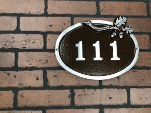 Large Bold Oak Address Plaque
