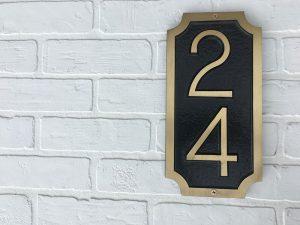 Vertical William Custom Address Plaque