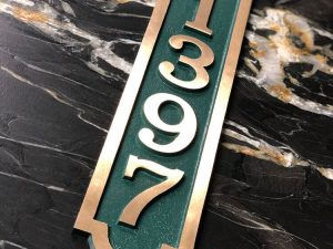 Vertical Bold Palmer Five Number Address Plaque